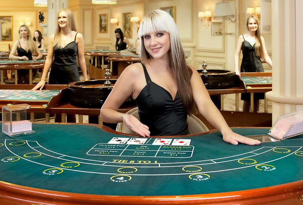 Online casino live dealers will allow to dive into a land casino atmosphere